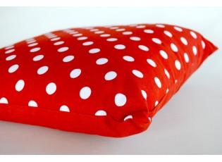Polštář červený puntíky s výplní 40x40 cm