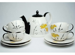 Sada konvička +  4x bílý šálek s podšálkem Louka žluté květy