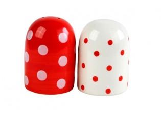 Červená slánka a bílá pepřenka puntík